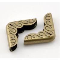 Металлические уголки, бронза, 22*16 мм