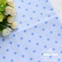 Бязь,голубые звезды на светло-голубом фоне(цена указана за отрез 40*50см)