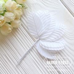 Листик декоративный белый 5*2,7 см